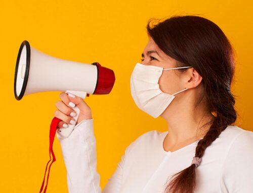 Consejos para no perder la voz dando clase con mascarilla